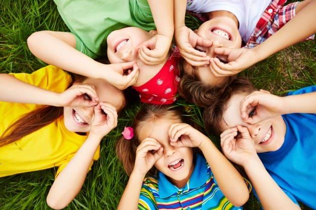 I 5 giochi da fare all'aperto con i tuoi bambini