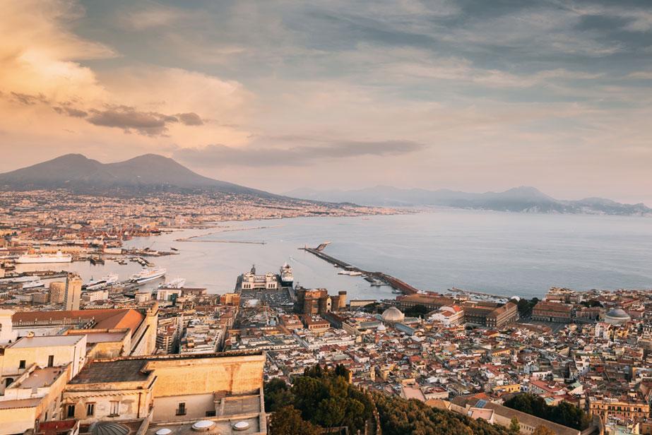 Napule è - Un omaggio a Napoli, per tutti, in collaborazione con l'Associazione Sordi Campani